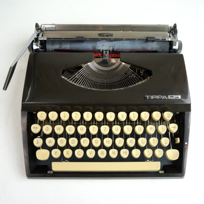 Black Tippa S Typewriter