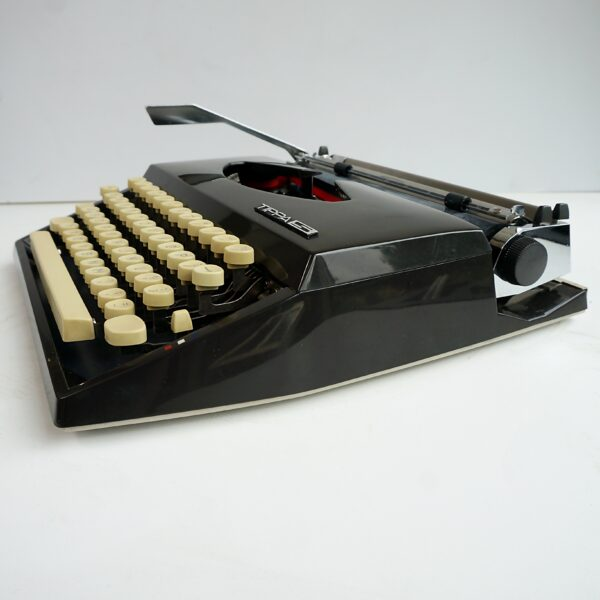 Black Tippa S Typewriter