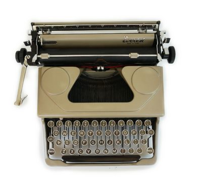Everest Model 90 Typewriter