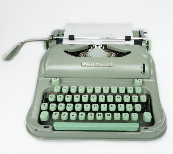 Hermes media 3 typewriter