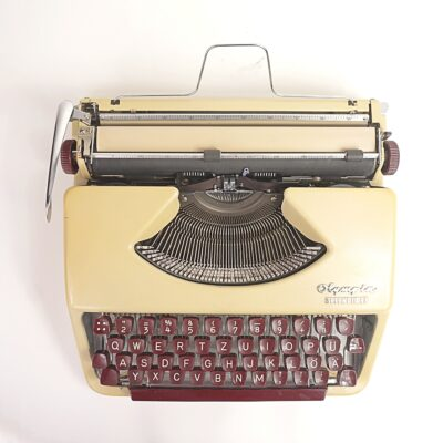 Splendid 33 typewriter