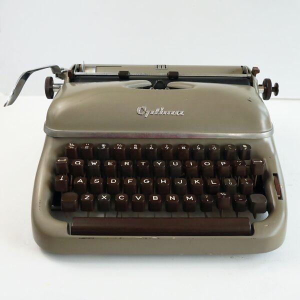 Optima Elite 3 Typewriter