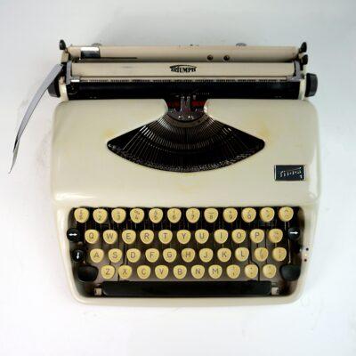 Triumph tippa typewriter