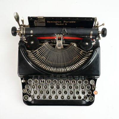 Remington Portable typewriter model 5
