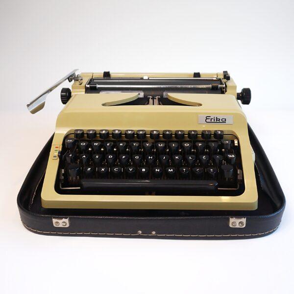erika 44 typewriter