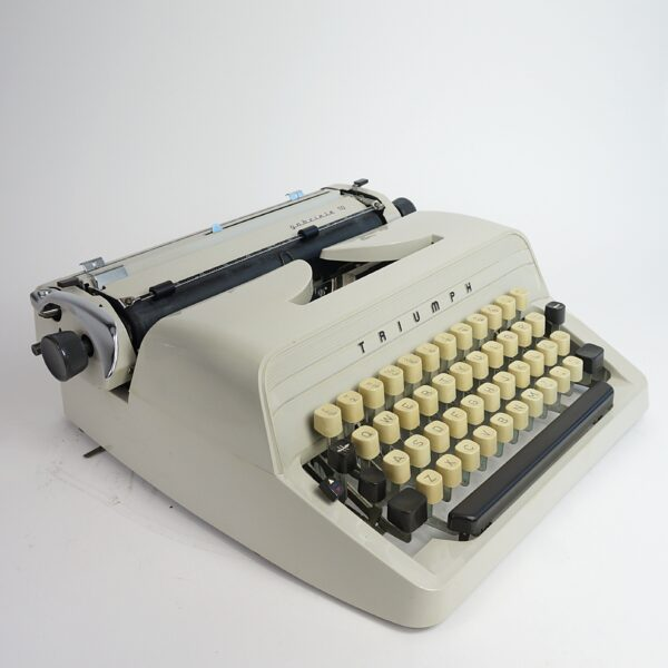 Triumph Gabrielle typewriter