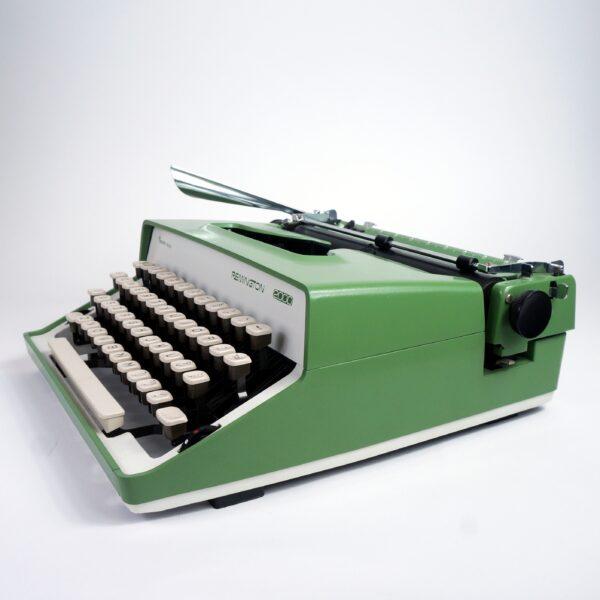 Remington 2000 typewriter