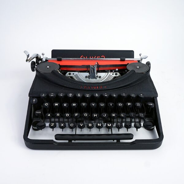Oliver Portable Typewriter 1954