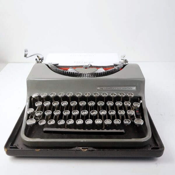Olivetti MP1 typewriter and case