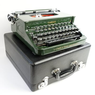 Green Smith-Corona Silent 1S Typewriter