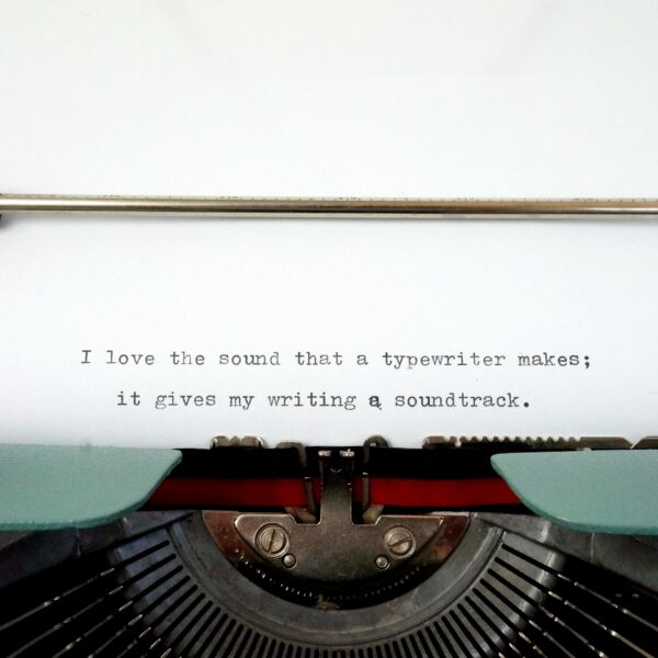 Olivetti Lettera 32 typewriter