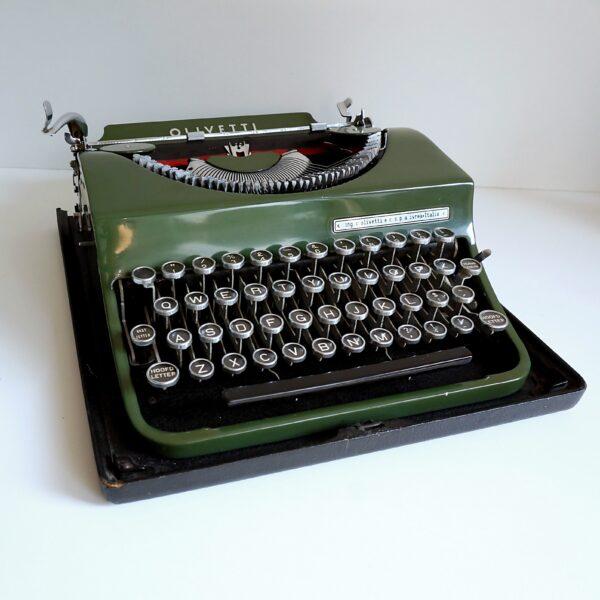 green olivetti mp1 typewriter